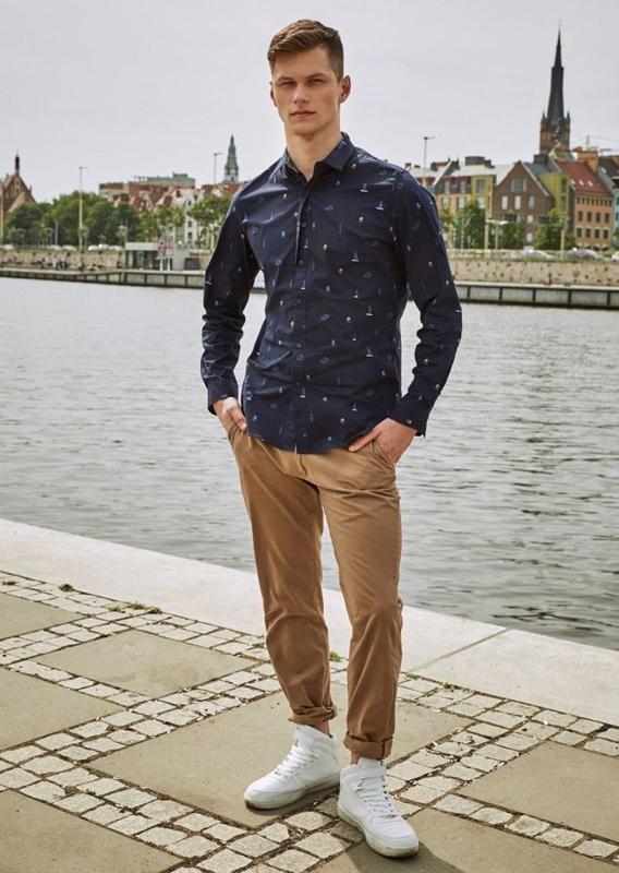 Stylizace č. 12 - košile a chino kalhoty