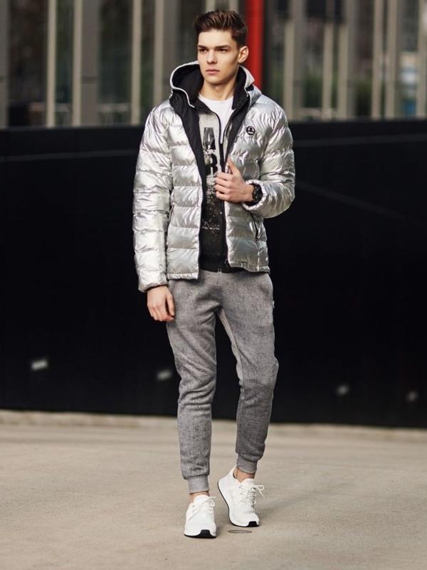 Stylizace č. 369 - hodinky, prošívaná bunda, propínací mikina, tričko, jogger kalhoty