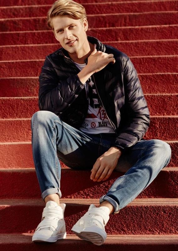 Stylizace č. 66 - bunda, tričko, džíny, obuv