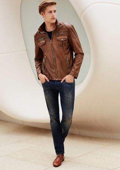 Stylizace č. 63 - kožená bunda, tričko, džíny