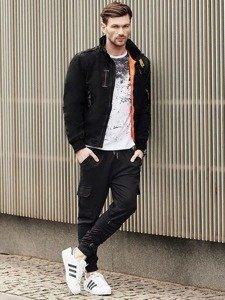 Stylizace č. 377 - hodinky, zimní bunda, tričko s dlouhým rukávem a potiskem, teplákové jogger kalhoty