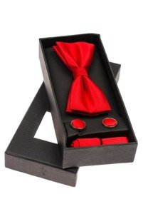 Světle červená sada motýlek, manžetové knoflíčky, světle červený kapesníček Bolf MSP01